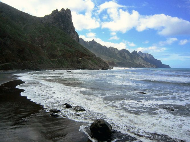 El Roque, Almaciga y Benijos